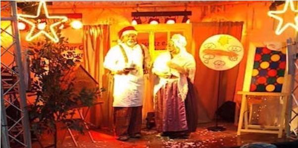 Frau Holle und Clown Clownikuss bei der Show Clownikuss trifft Frau Holle